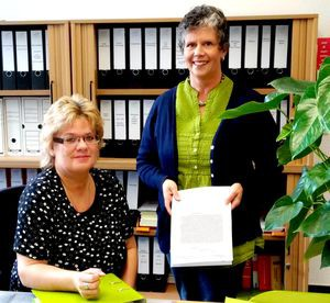 Liebe Schüler/innen, liebe Eltern, liebe Lehrer/innen! Wir, Frau Heike Busboom und Frau Martina Steinhoff, helfen euch und Ihnen sehr gerne in fast allen Angelegenheiten weiter. Bitte sprecht / sprechen Sie uns an.