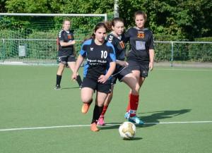 2016_FußballMaedchenWk2Solingen_05